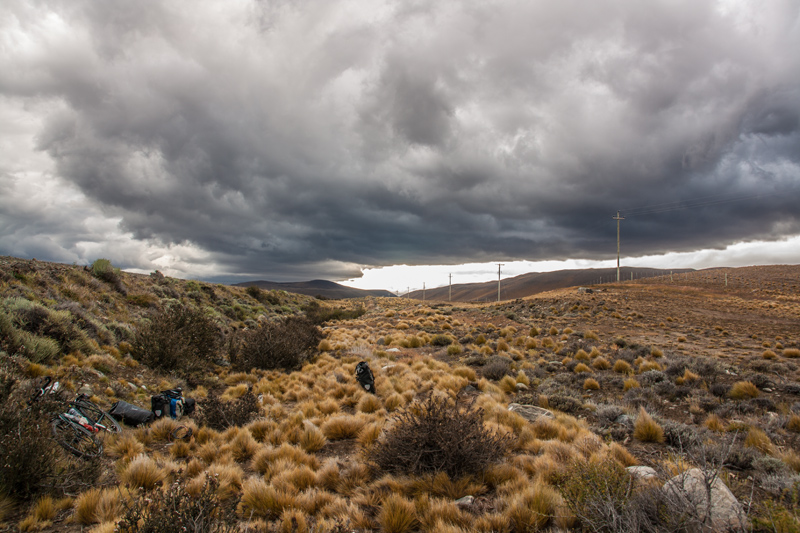 final-camp-before-el-calafate-scary-sky