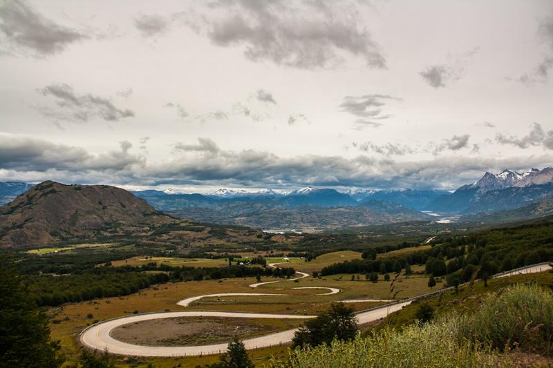 hairpin-climb-out-of-villa-cerro-castillo